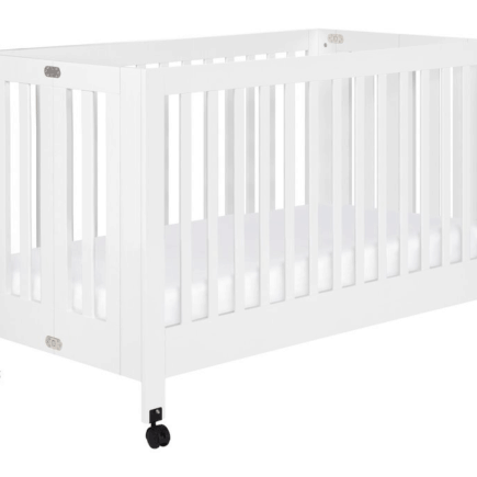 Babyletto Maki white open on wheels