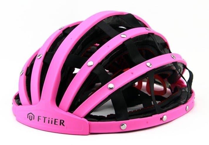 Cairbull helmet in pink open