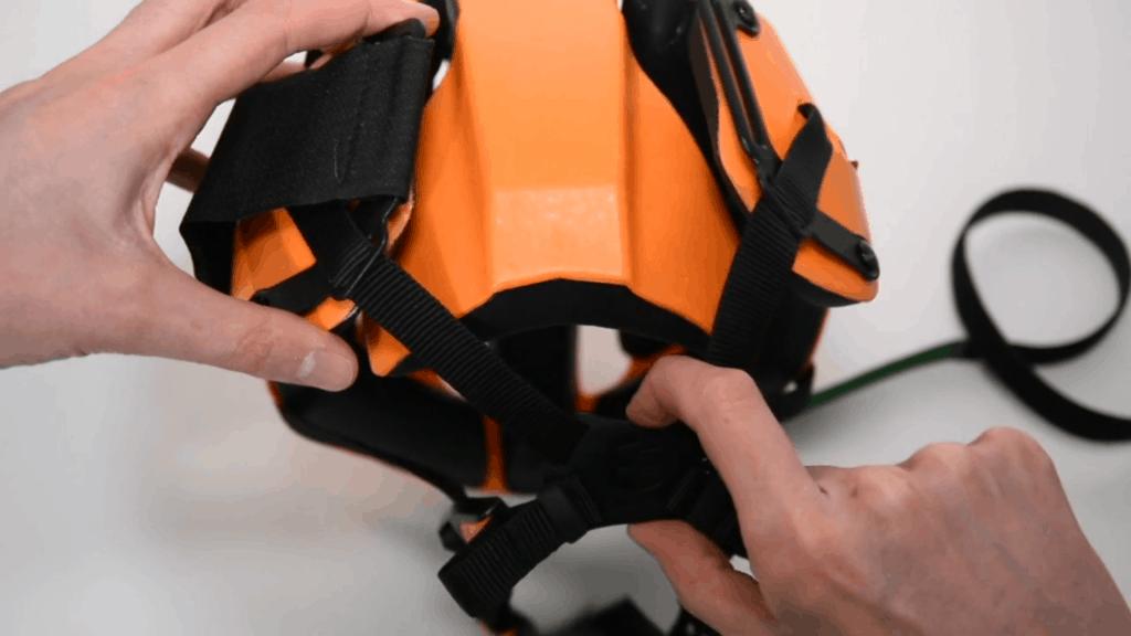 Hedkayse folding untucking back panel